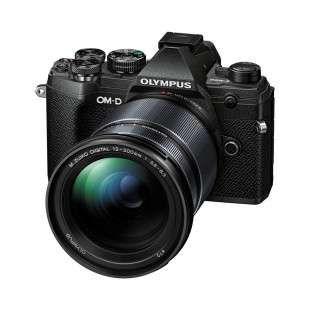 Olympus OM-D E-M5 Mark III & 12-200mm f/3.5-6.3 Lens Kit - Black
