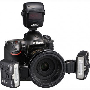 Nikon R1C1 Dual SB-R200 Speedlight Commander Kit